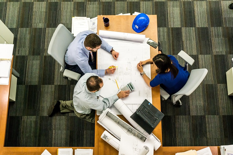 Crane Hire & Contract Lifting